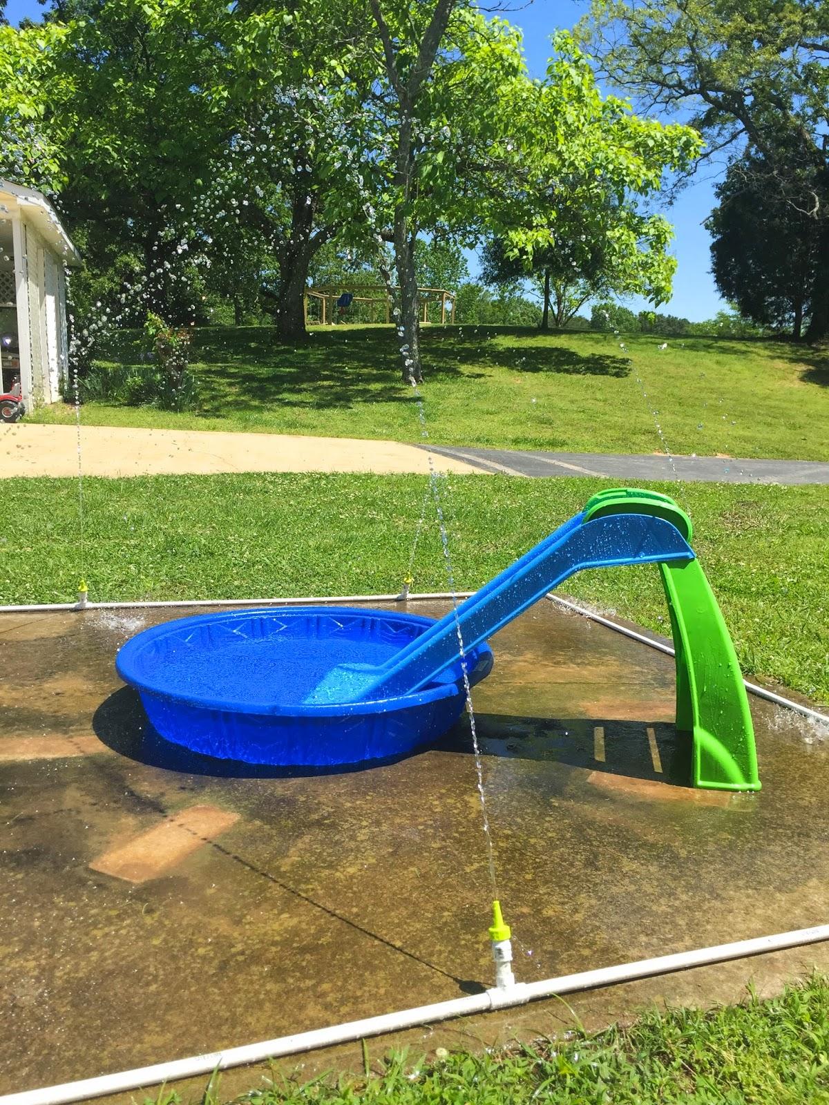 - Little White House Blog: Our DIY Splash Pad!