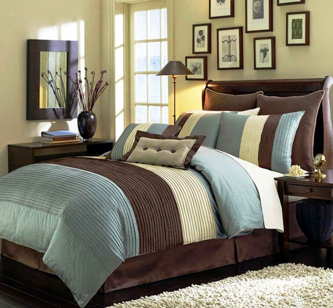 8 Pieces Luxury Stripe Comforter