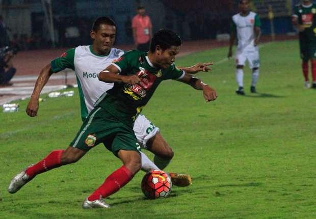 Bhayangkara FC vs PS TIRA