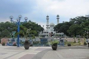 wisata di alun-alun kota malang Alun-alun Kota
