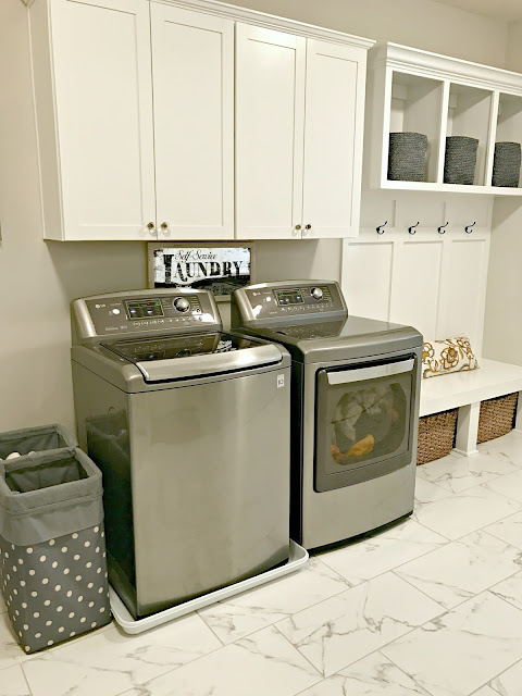 Gray LG washer and dryer set
