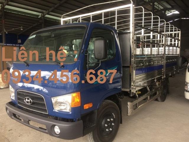 Giá lăn bánh Hyundai 110s thùng bạt bửng nâng