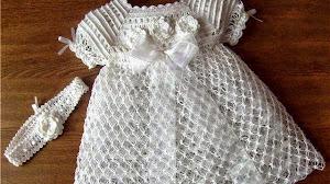 Vestido de bautismo para niña con patrones en español