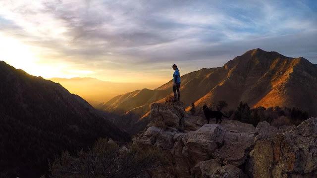Hiking to Desolation Overlook