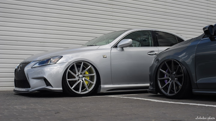 Lexus IS250 F Sport #nothing_extra on Airlift suspension on Vossen wheels