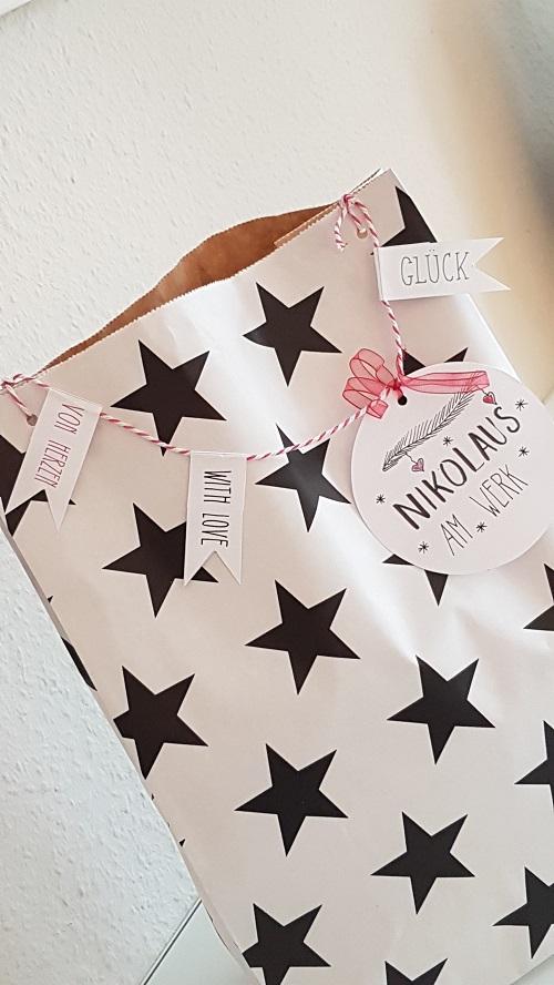 Annette Diepolder Der Atelierladen Nikolaus DIY Label Wimpelkette Papier