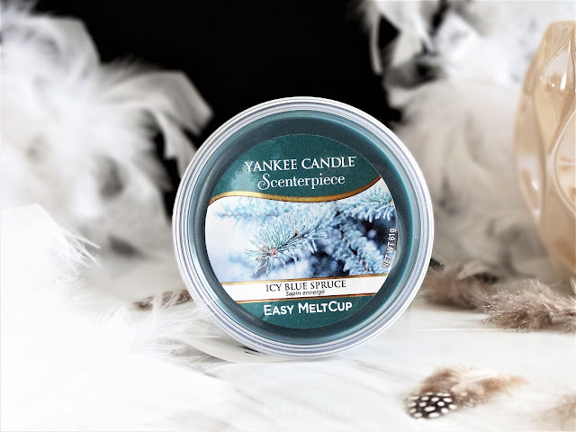 avis icy blue spruce yankee candle, avis sapin enneigé yankee candle, sapin enneigé, yankee candle icy blue spruce review, icy blue spruce review, yankee candle christmas collection review, yankee candle christmas collection, collection noel yankee candle bougie yankee candle