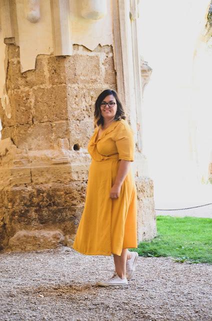 Vestido cruzado amarillo de Shein