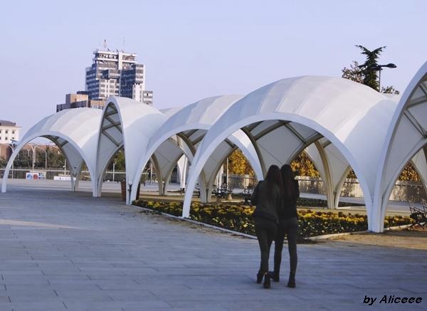 Skopje-oras-modern