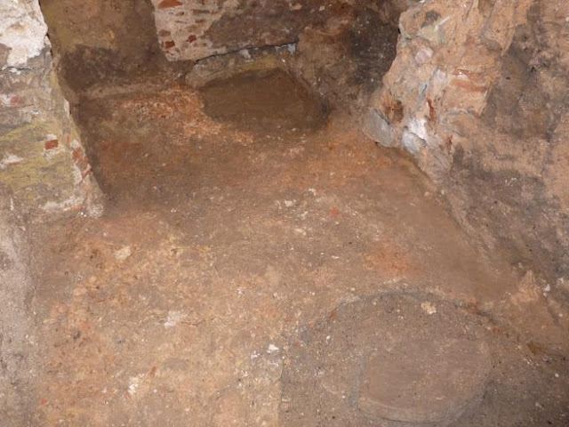 Triple archaeological find in Barcelona
