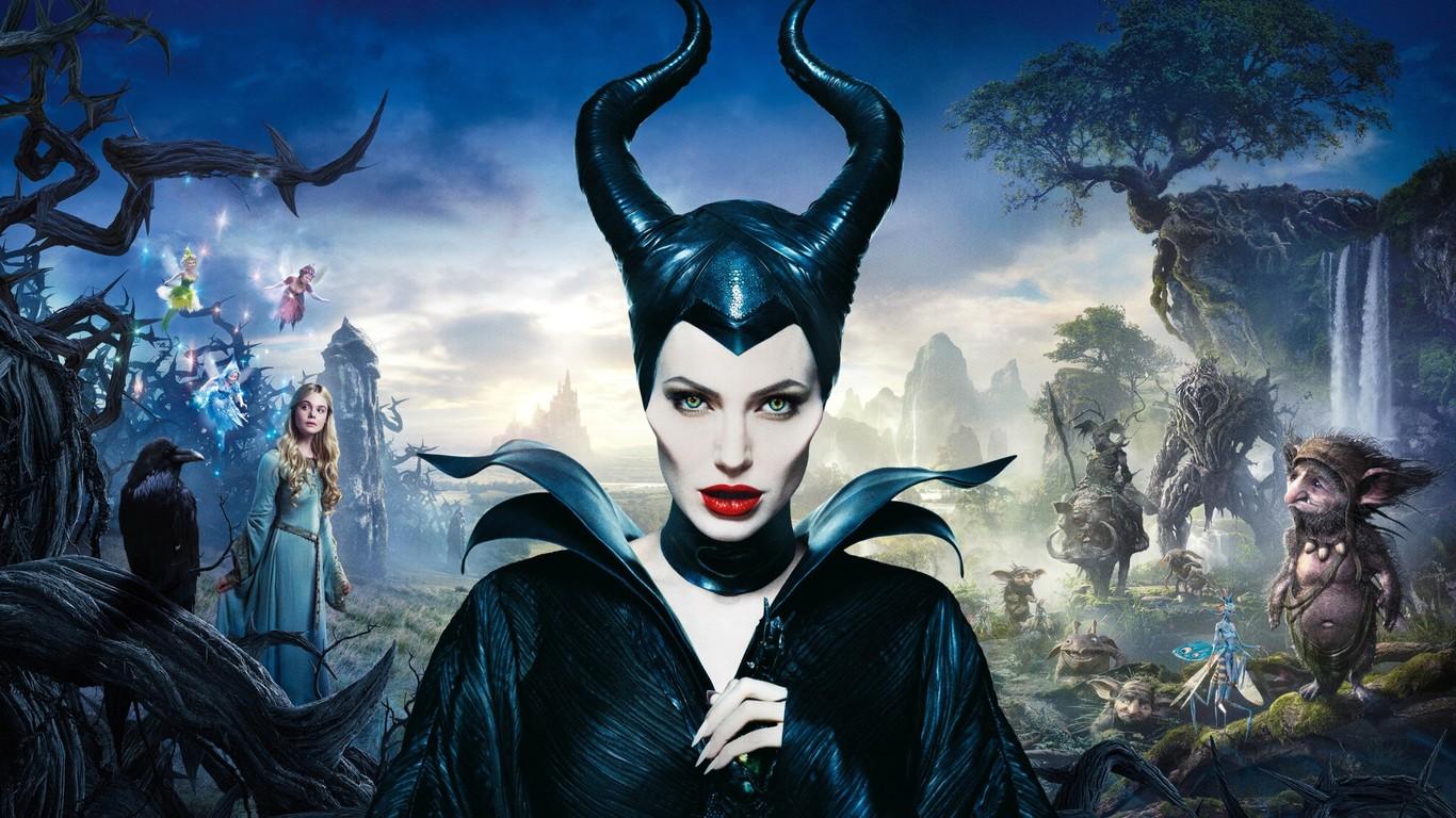 angelina-jolie-in-maleficent-movie-1366x768