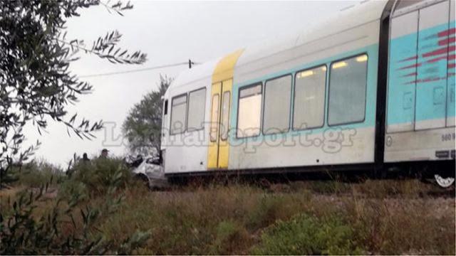 Τραγωδία: Τρένο παρέσυρε αυτοκίνητο - Νεκρή καθηγήτρια που πήγαινε στο σχολείο