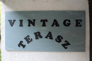 vintage felirat