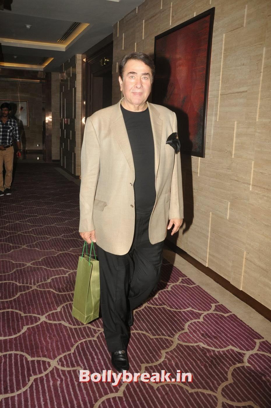 Randhir Kapoor, Bollywood Stars Attend Asin's birthday bash