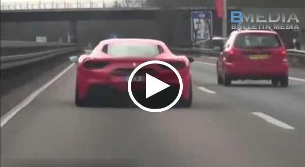 Pemandu BMW Dipotong Oleh Ferrari Kat High Way.. Tidak Sanggup Dipotong Cam Ni Jer.. Saat Seterusnya Tekan Minyak..!!!