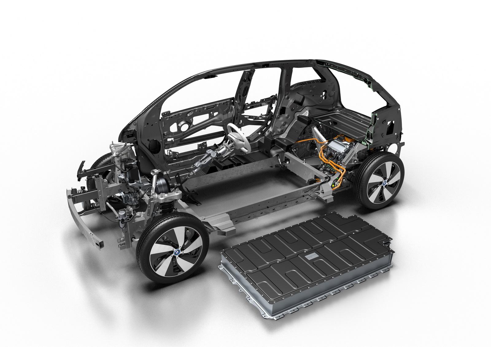 BMW i3 2017 sẽ có cả phiên bản điện và phiên bản xăng điện