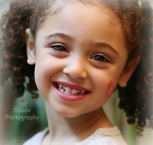 Beautiful Smiling Little Girls Photos