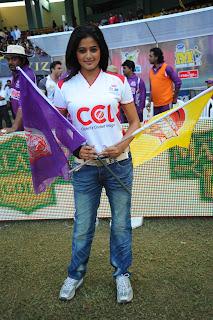 priyamani ccl2 matches Pictures (4)