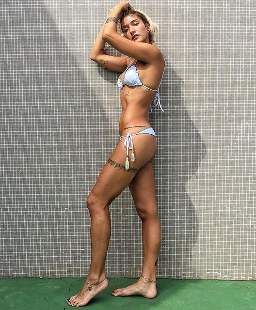 Fitness Model Gabriela Pugliesi @gabrielapugliesi Instagram photos
