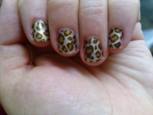 Nailed It : Leopard print nail stickers