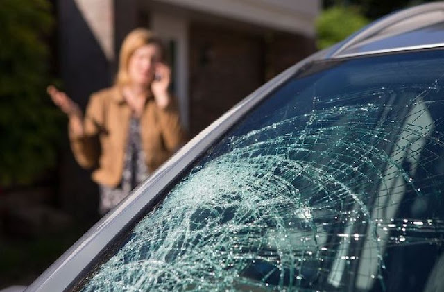 YOUR GUIDE TO CAR WINDOW REPAIR