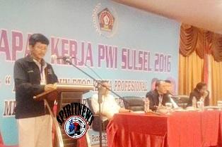 Ketua PWI Sulsel,Saksikan Laporan Kegiatan Pengurus  PWI Kab/Kota