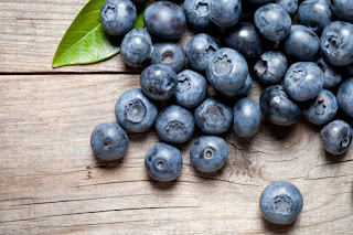 Superb Nutrition The Blue Blueberry Able to Prevent gray hair and Dementia