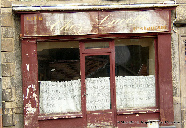 """""""Chez Lucette"""" Café Restaurant à Thiers, Puy-de-Dôme."""