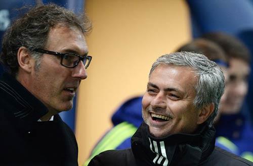 Mourinho và De Gea đang là mối nguy với M.U
