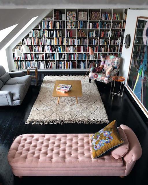 appartement charmant avec bibliothèque