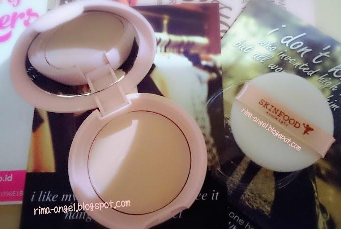 Review Skinfood Peach Sake Pore Pact