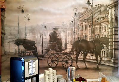 Malowanie obrzu na scianie ze starego zdjęcia, Malowanie starej przedwojennej warszawy, Mural 3D namalowany na ścianie