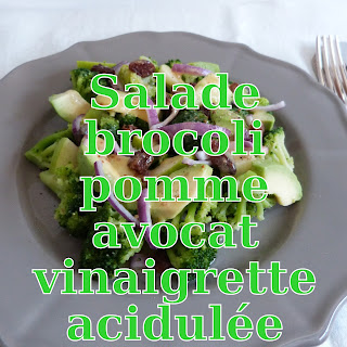 http://danslacuisinedhilary.blogspot.fr/2015/05/salade-de-brocoli-pomme-avocat-et-sa.html