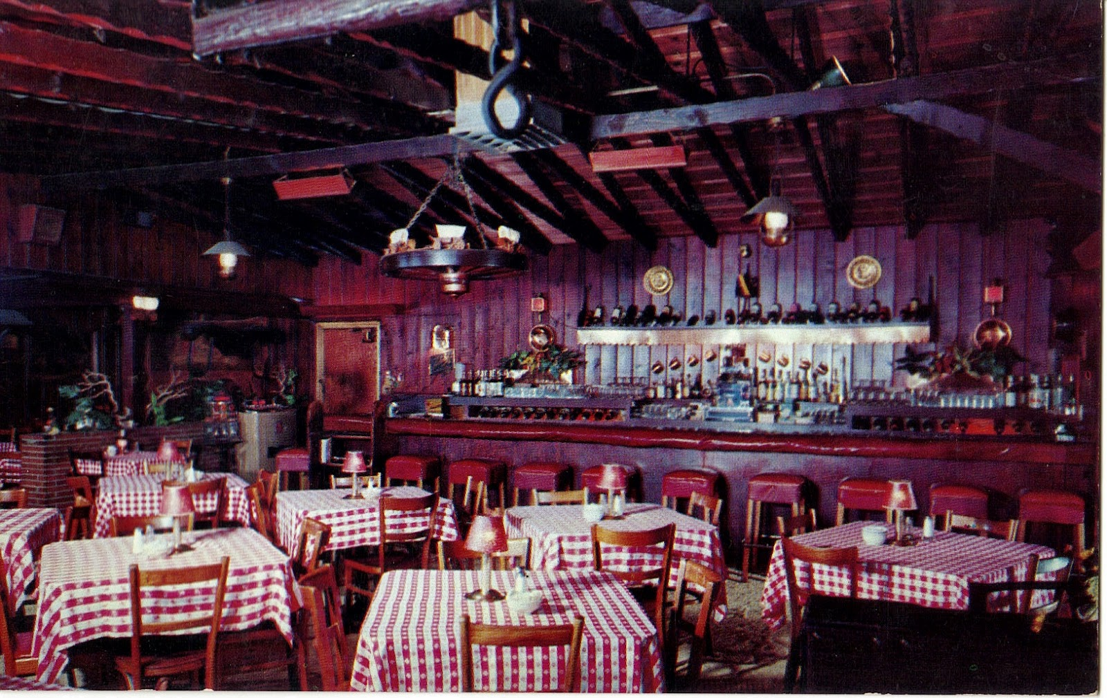 Red Barn Restaurant in Van Nuys Postcard - Living Room