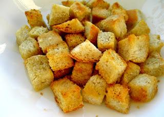Croutons (Kizarmis Ekmek)