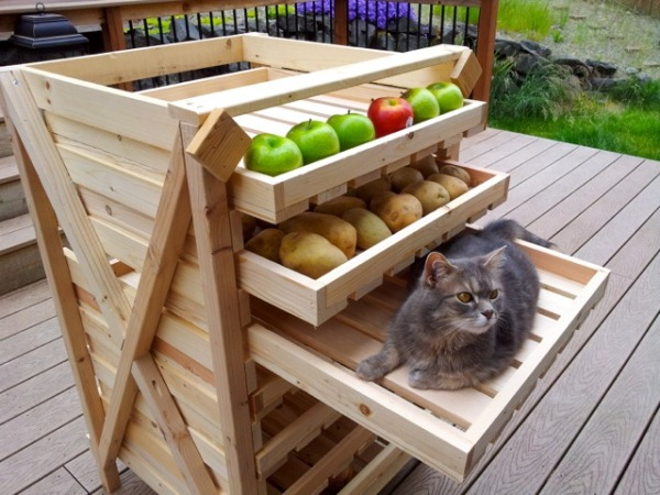 Build a produce food storage drying rack! Get free plans from Ana ...
