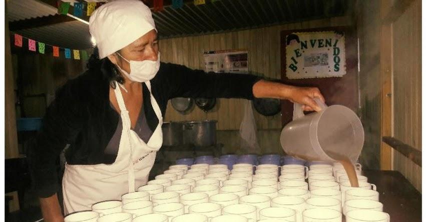 MELCHORA ESQUIVES ACOSTA: Madre de familia es ejemplo de compromiso y dedicación en Samanco - Áncash - QALI WARMA: www.qaliwarma.gob.pe