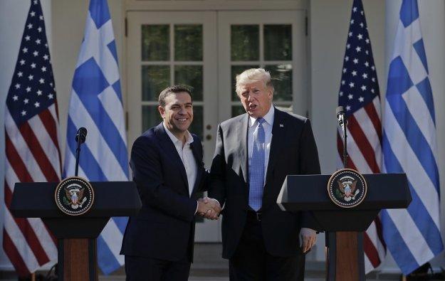 Handelsblatt: Γιατί οι ΗΠΑ φλερτάρουν Ελλάδα και Κύπρο