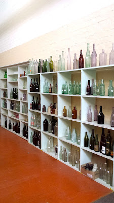 Lee Medlyn Home of Bottles, Clunes