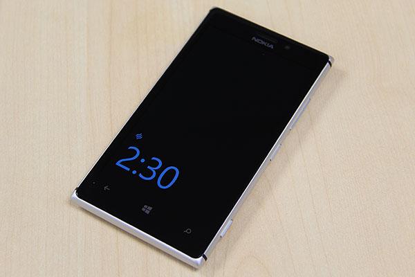 Thay mặt kính Nokia Lumia 925