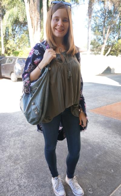 flowy tank skinny jeans Converse oversize floral kimono|  AwayFromBlue