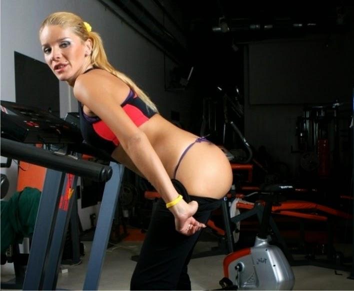 KEISHA: Girl with big boobs rides sex toy