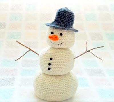 Amigurumi snowman Crochet, free christmas crochet pattern,  snowman crochet, christmas amigurumi,  snowman doll, crochet christmas decor,  snowman centerpiece,  snowman ornament,  snowman bauble, crochet ornament, crochet bauble, free crochet, free amigurumi, crochet christmas gift, crochet  snowman gift, handmade christmas present, handmade christmas decor, handmade  snowman, Amigurumi Crochet snowman Free Crochet Patterns, crochet snowman, amigurumi snowman, free pattern snowman, crochet holiday snowman, crochet christmas decor, crochet christmas gift, crochet christmas table decor, crochet snowman ornament, snowman ornament, crochet ornament, crochet snowman ornament, amigurumi snowman ornament, christmas amigurumi, diy snowman, christmas snowman craft, christmas snowman crafts;
