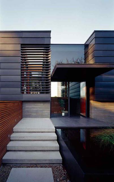 Rumah bertingkat minimalis menjadi salah satu solusi membangun rumah di atas lahan yang terbatas. Konsep desain rumah bertingkat minimalis modern ini sebenarnya bukan hal baru. Mereka yang membutuhkan ruang banyak namun lahan terbatas, umumnya mengadopsi konsep rumah bertingkat.