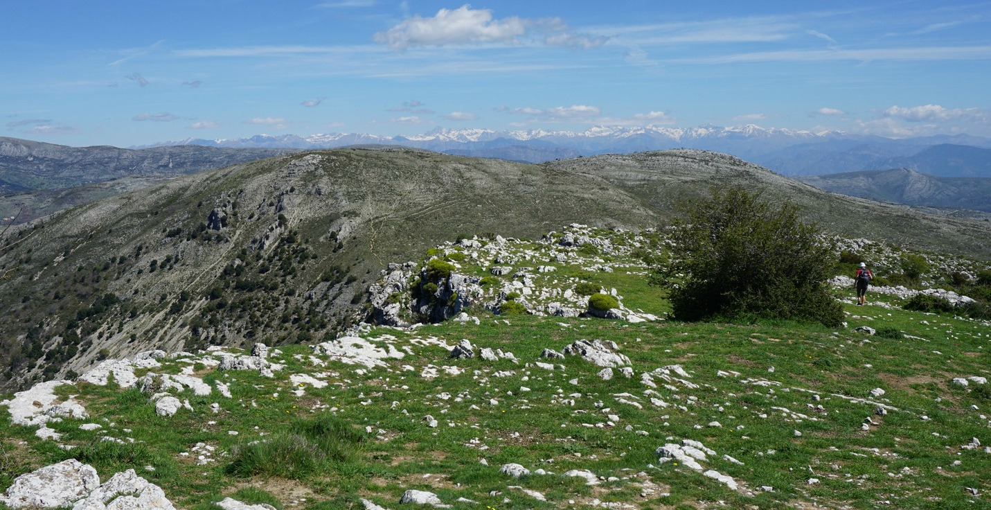 Puy de Tourrettes and the Mercantour summits