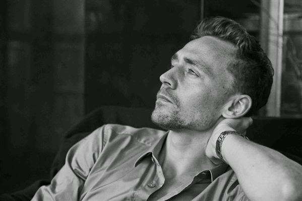 Freckles 'n' Family: Tom Hiddleston - He Can Cure Depression!