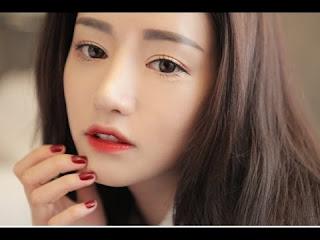 Tutorial Cara Memakai Gradasi Lipstik Ala Artis Korea
