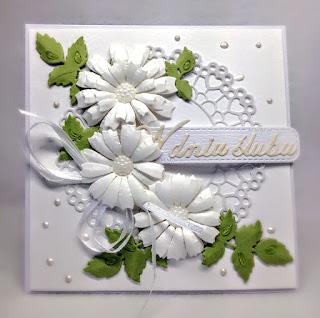 Ślubna w bieli.