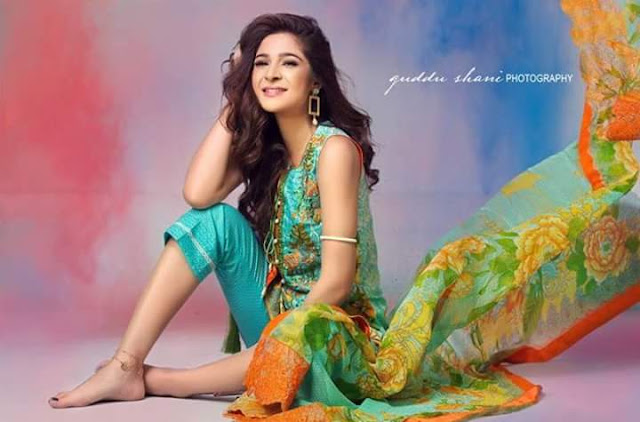 Ayesha Omar Latest Photo Shoot For Lawn Brand