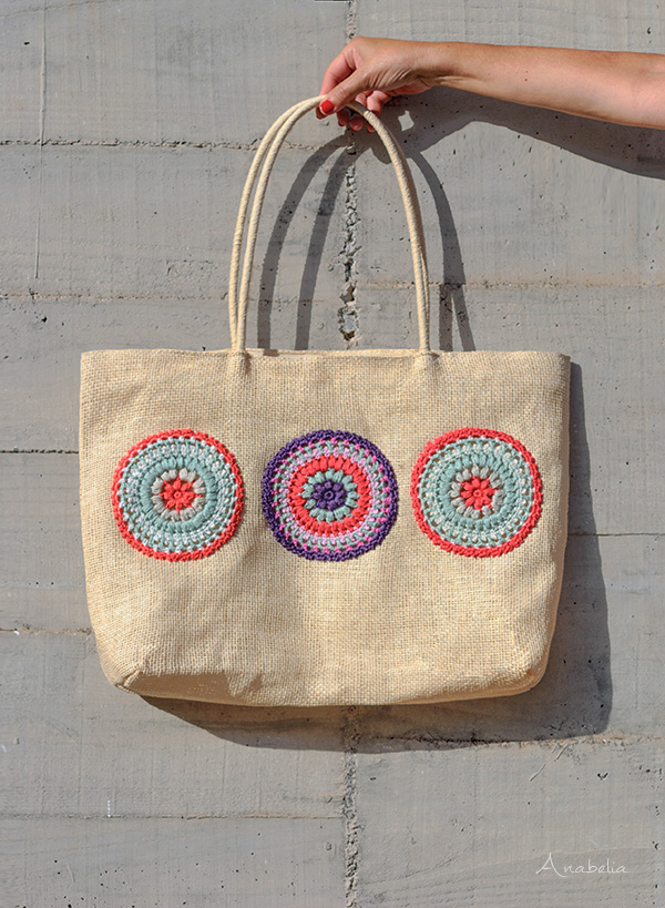 Crochet mini mandalas by Anabelia Craft Design